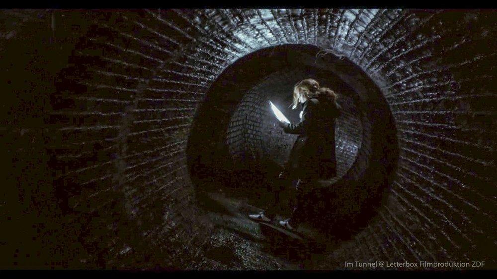 Im Tunnel Szenenbild Thomas Freudenthal Regie Kai Wessel Kamera Ngo the Chau