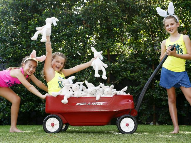photo courtesy of the daily telegraph - OUR LITTLE SUPER AGENTS WITH BONNIE!
