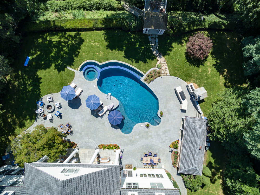 1-vanishing-edge-Custom-Pool-Design-NJ.jpg