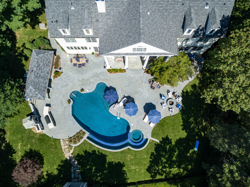 2-vanishing-edge-Custom-Pool-Design-NJ.jpg