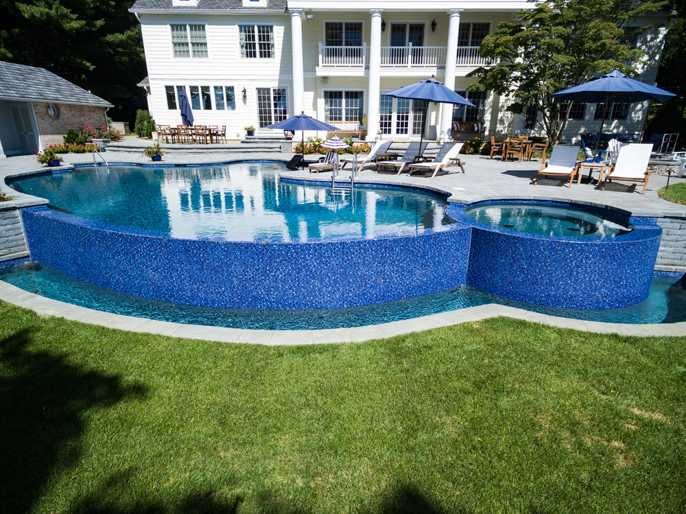 7-vanishing-edge-Custom-Pool-Design-NJ.jpg