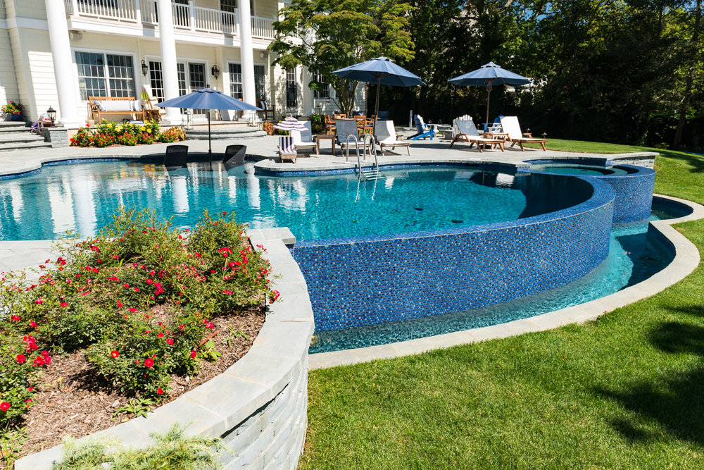 12-vanishing-edge-Custom-Pool-Design-NJ.jpg