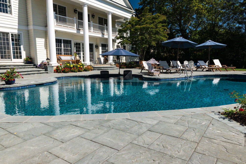 14-vanishing-edge-Custom-Pool-Design-NJ.jpg