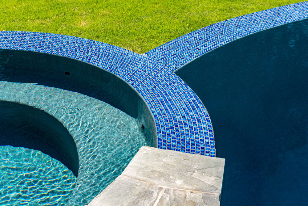 21-vanishing-edge-Custom-Pool-Design-NJ.jpg