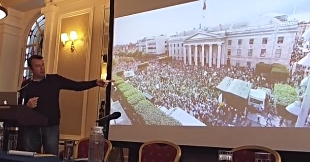 Brendan Ogle, Wynn's Hotel, Dublin Oct 31
