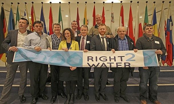 Brendan Ogle (Unite), Billy Wall (OPATSI), Des Fagan (CPSU), Lynn Boylan MEP, Cllr Paul Donnelly, Brian Stanley TD, Cllr Daithí Doolan, David Gibney (Mandate), Cormac Ó Dálaigh (CWU) and Phillip McFadden, Sinn Féin.