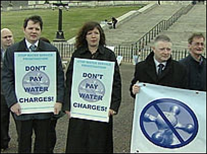 Anti-water rates protesters took their campaign Stormont