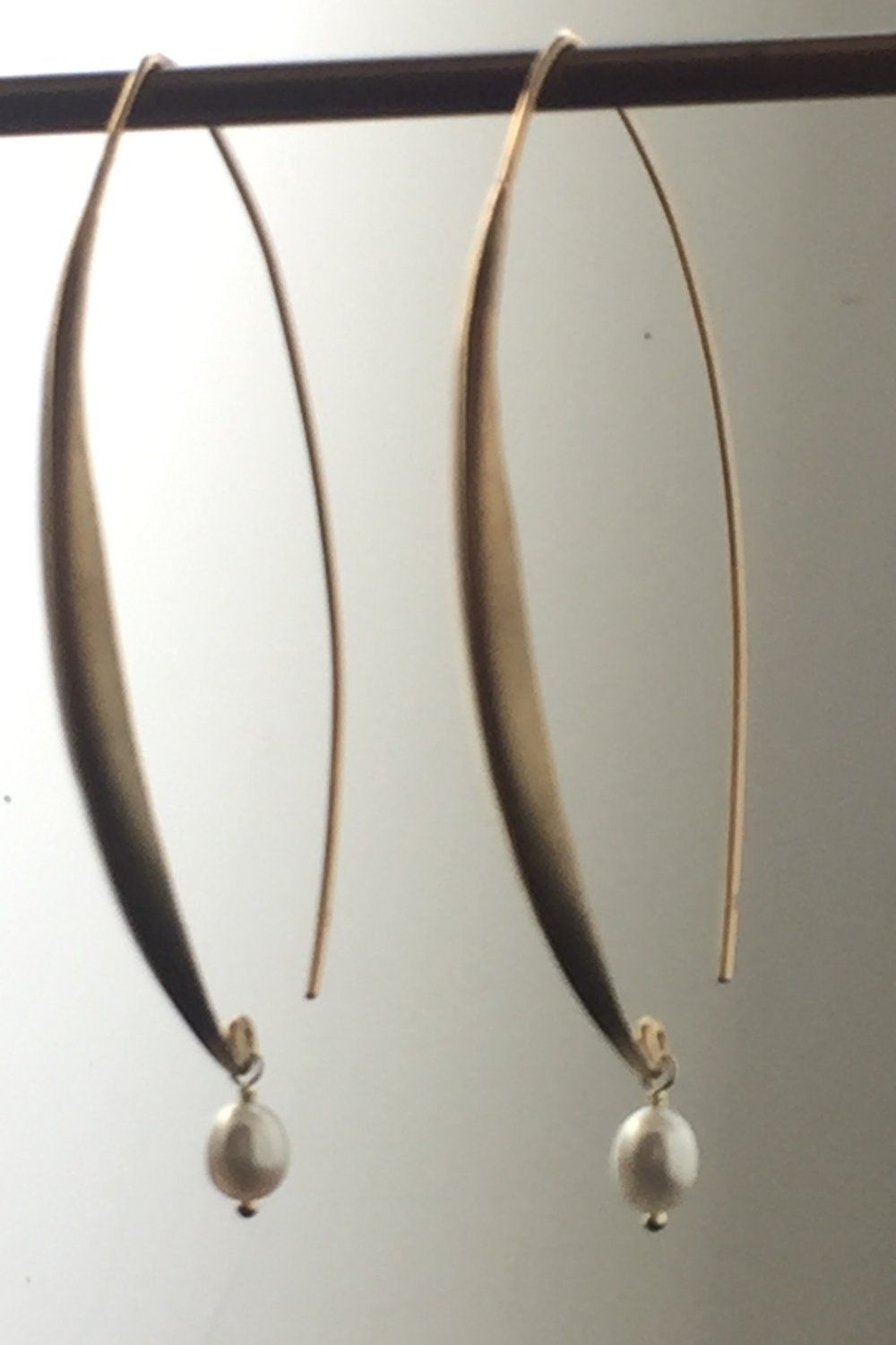 oval hoop earrings with pearl