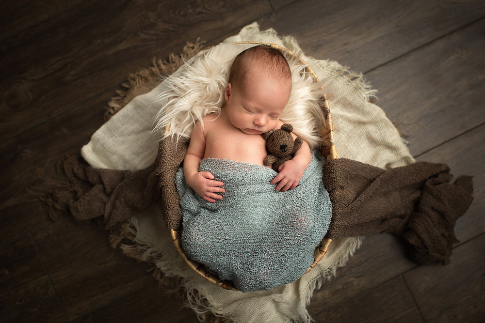 Denver Maternity and Newborn Photographer