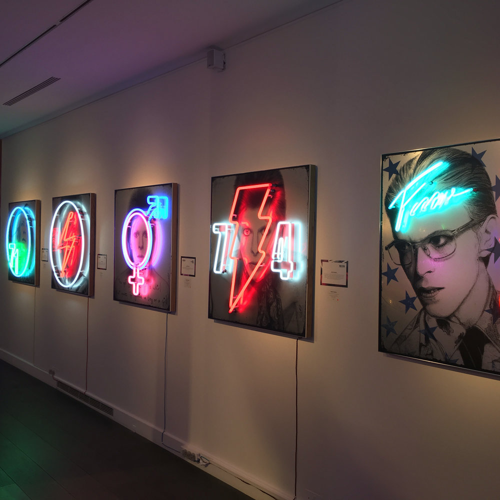 Louis Sidoli Neon Artist: David Bowie Golden Years Exhibition
