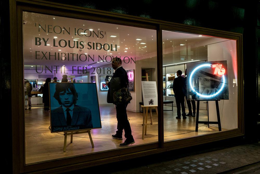 Louis Sidoli Neon Art: Aston Martin Neon Icons - 2