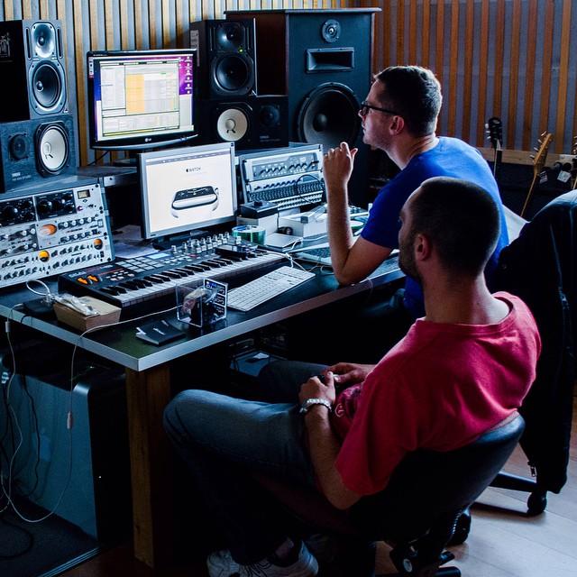 #LivingMusic #Whatislivingmusic? #Studio #Melbourne #Production