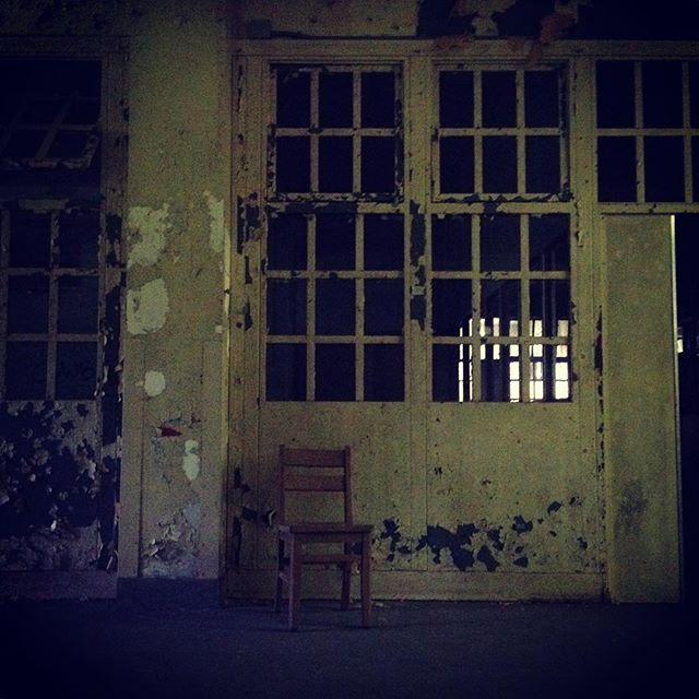 #pa #pennhurst #pennhurstasylum #pennhurststateschool #abandoned #decay #careyfruth #chair