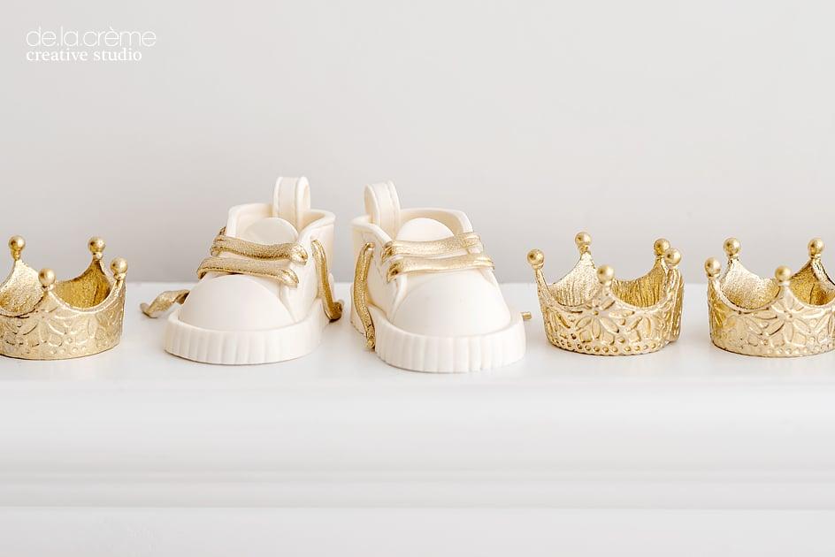 Royalbabyshowercake04.jpg