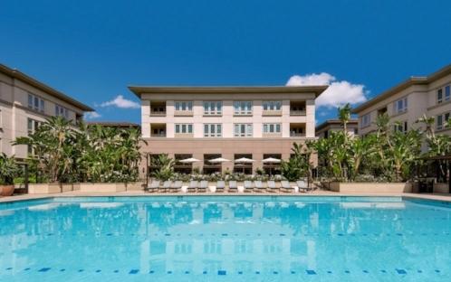 merydith-exterior-pool.jpg