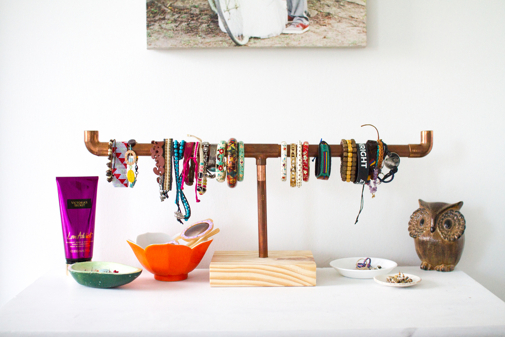 DIY Industrial Bracelet Display