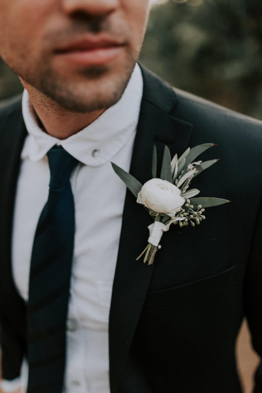groom flowers.jpg