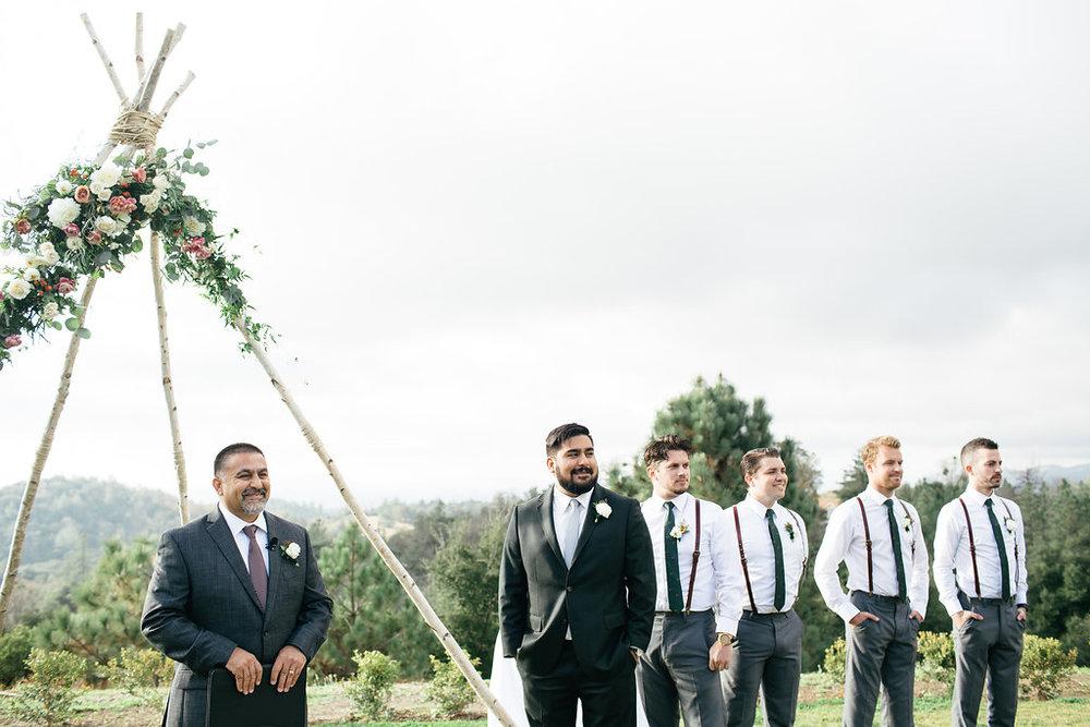 ceremony flowers -53.jpg
