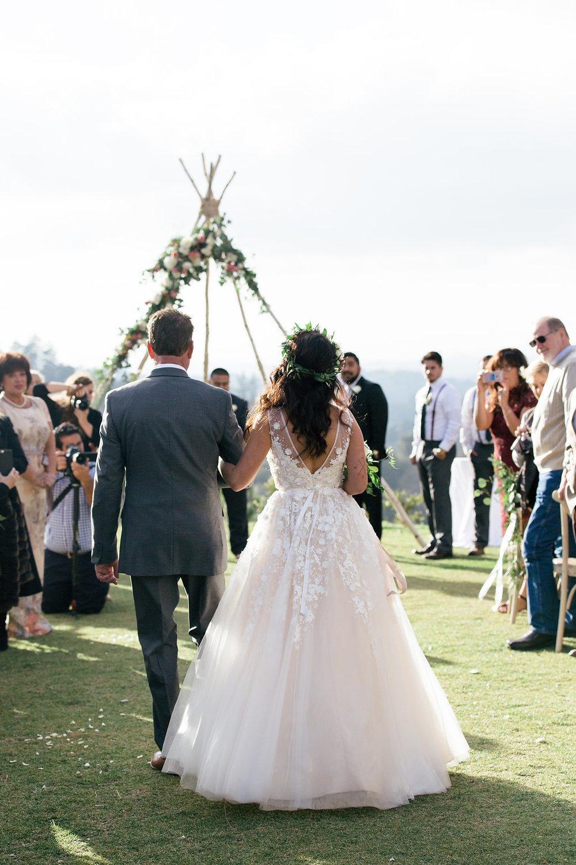 ceremony flowers -56.jpg