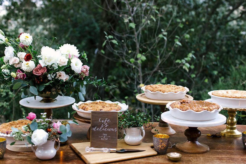 dessert table flowers -122.jpg