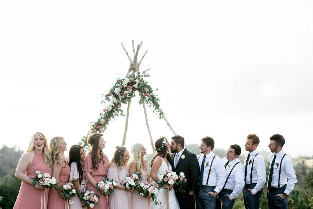 wedding party flowers -200.jpg
