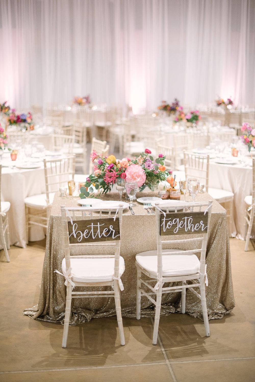 Sweetheart Table Flowers-1500.jpg