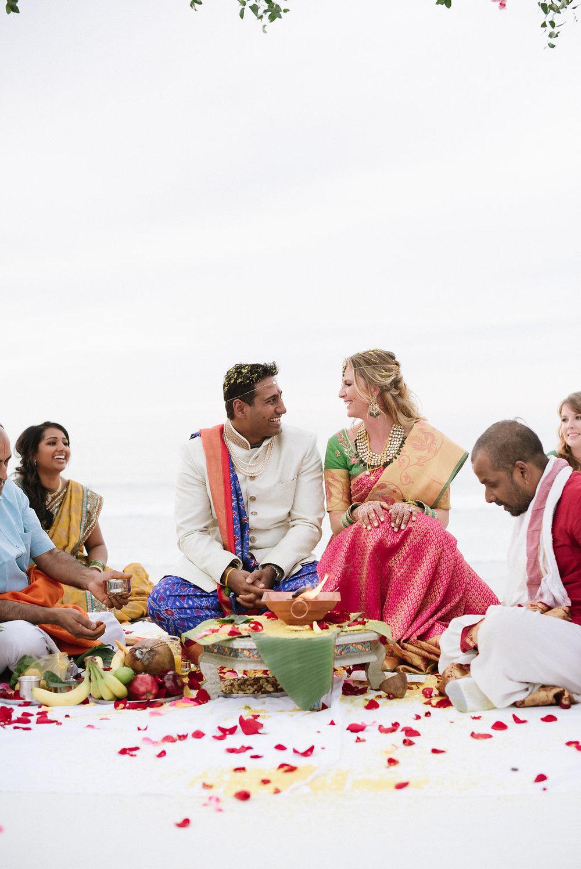 Wedding ceremony flowers-996.jpg