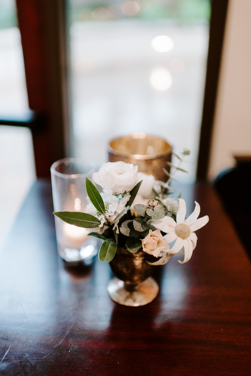 34 cocktail table flowers.jpg