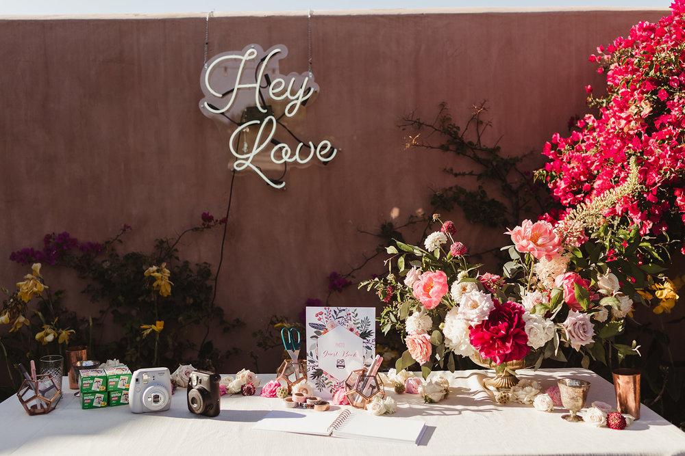 36 welcome table flowers.jpg