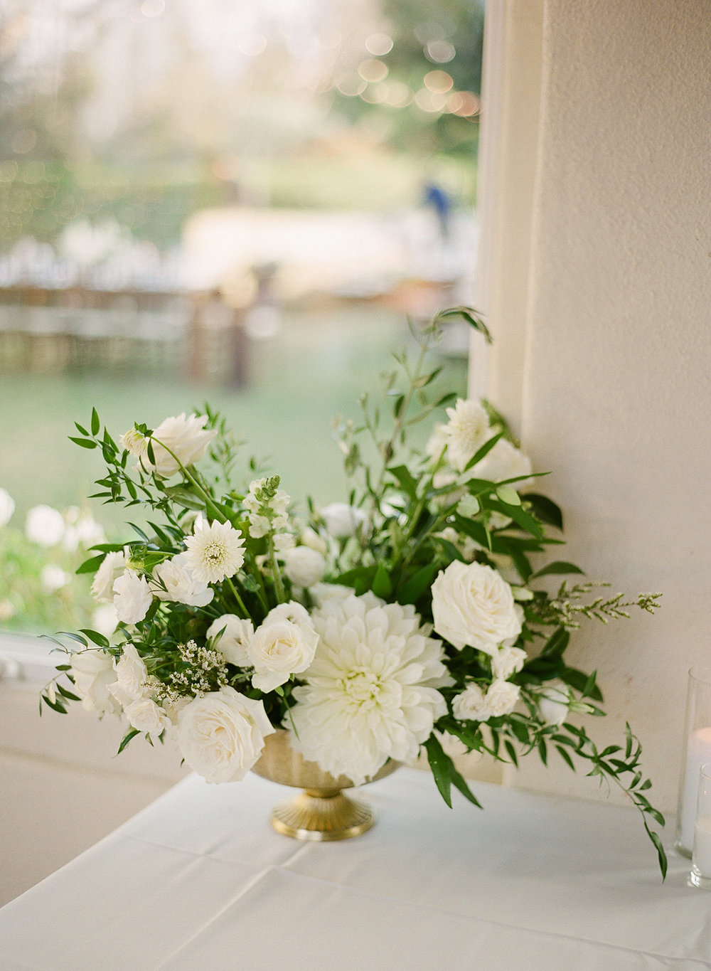 32 white romantic floral arrangement.jpg