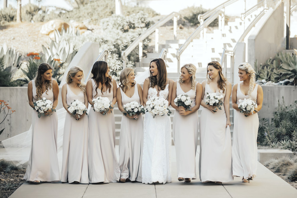 22 white bridesmaids bouquets.jpg