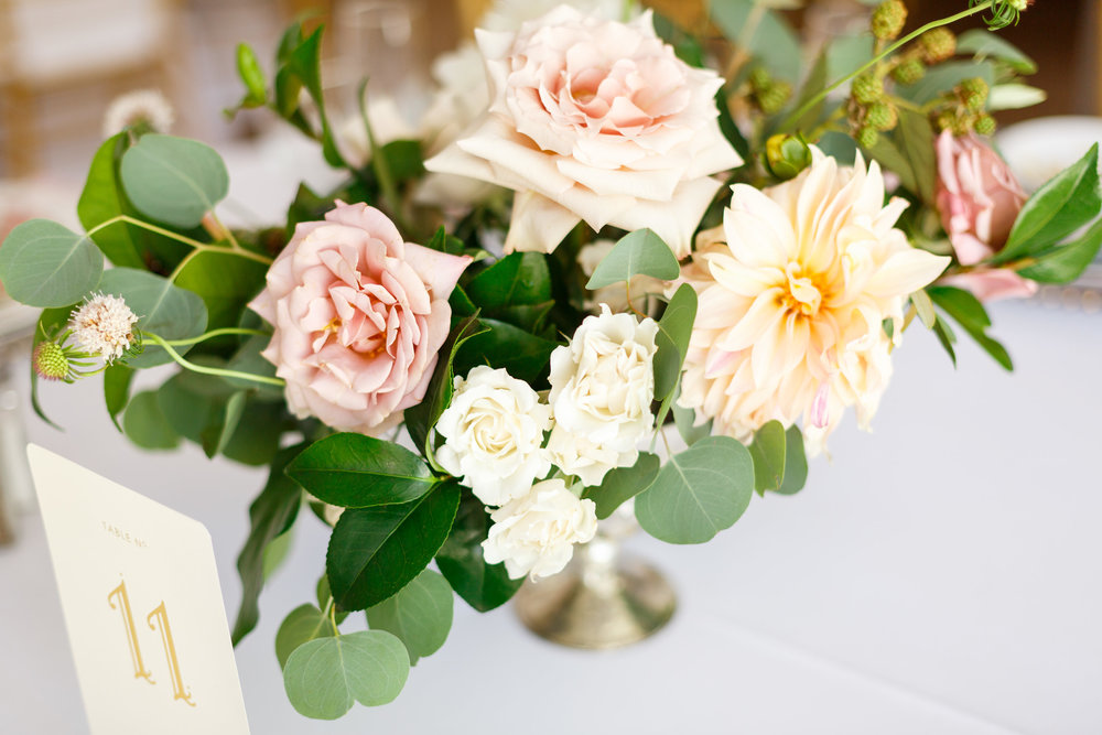 Centerpiece flowers 2.jpg