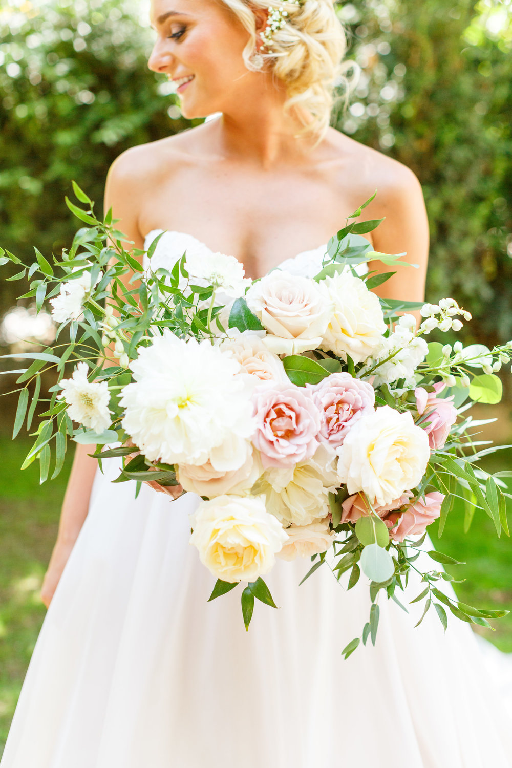 Romantic Bridal Bouquet 2.jpg
