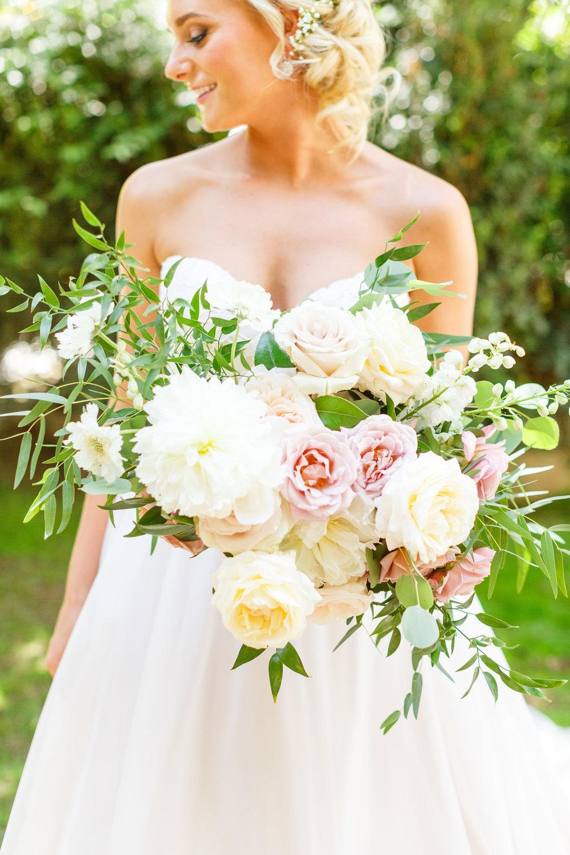Romantic Bridal Bouquet 2.jpg
