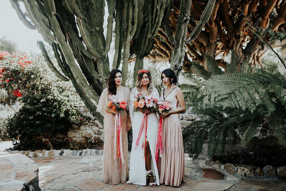 bridesmaid flowers 1.jpg