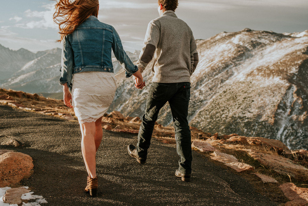 Trail Ridge Road Sunrise Snowy engagement session-24.jpg