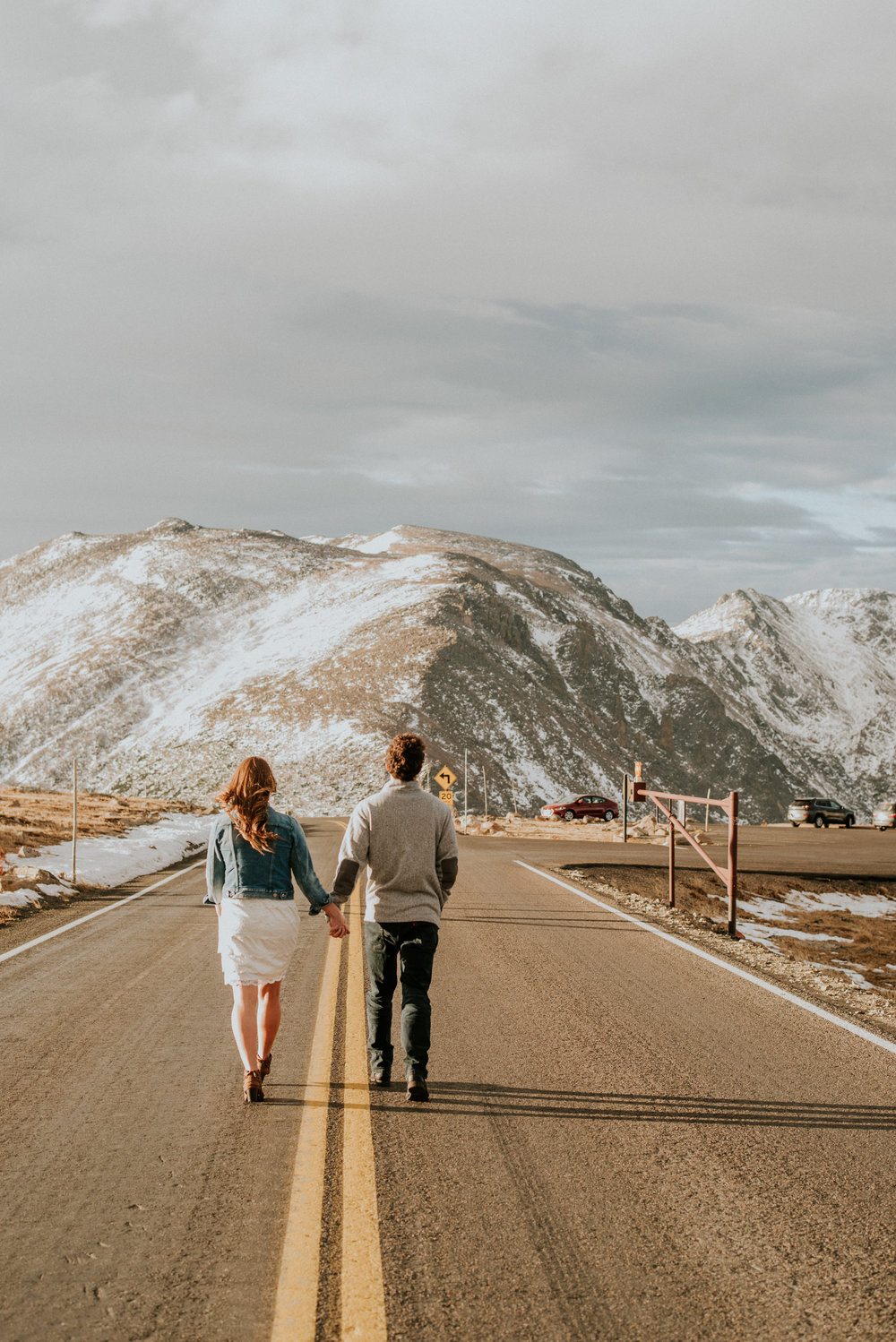 Trail Ridge Road Sunrise Snowy engagement session-26.jpg
