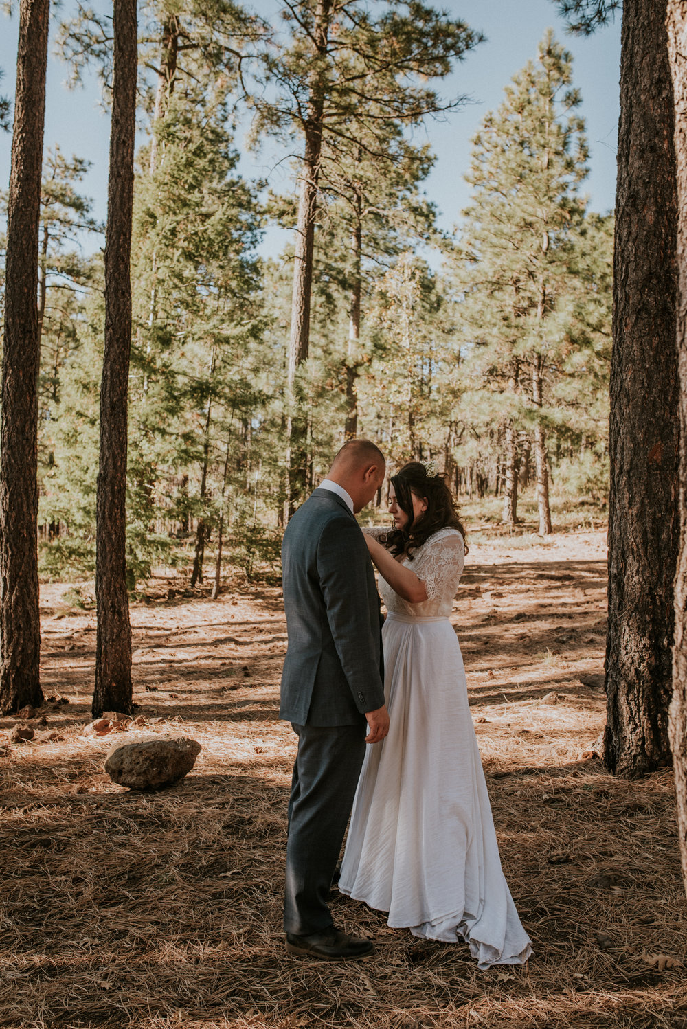 Intimate Adventure Fall Sedona Elopement-44.jpg