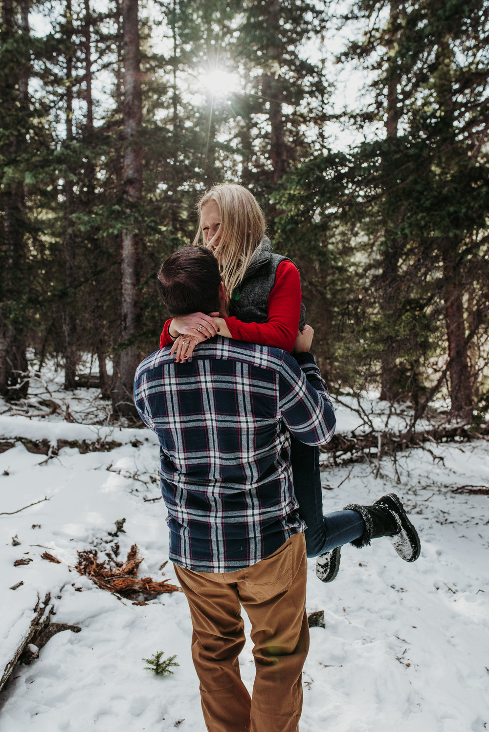 Colorado Adventure Snowy Engagement Session-10.jpg