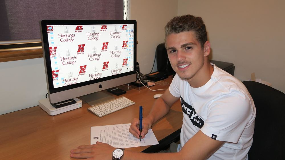Eric Birighitti signs with Hastings College Nebraska (NAIA)