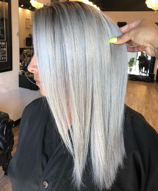My Mexican Barbie, as blonde as one can be!!! 😍😍 . . . . #myratellosalon #myrasombremelts #inmyrawetrust #behindthechair #balayageombre #modernsalon #americansalon #schwarzkopfprofessional #olaplex #behindthechair #hairpainters #balayagehair #balayageombre #latinahair #colormelt #b3 #dfwstylist #dallashairstylist #dallasombre #dallasbalayage #dfwhairstylist #dallashair #dallasstylist #dallascolor #arlingtonhairstylist #mesquitehairstylist #uptownhairstylist #oakcliffhairstylist #grandprairiehairstylist