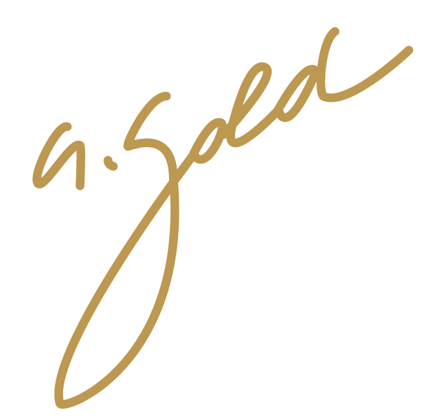 Alessandra Gold Logo-01.png
