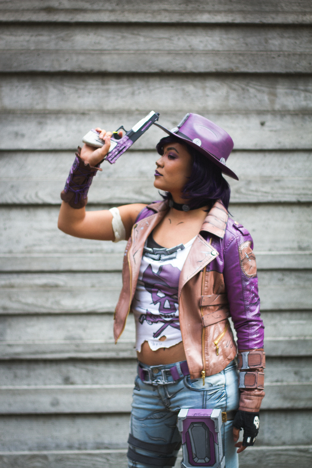 Nisha from Borderlands: The Pre-Sequel - Cosplayer: