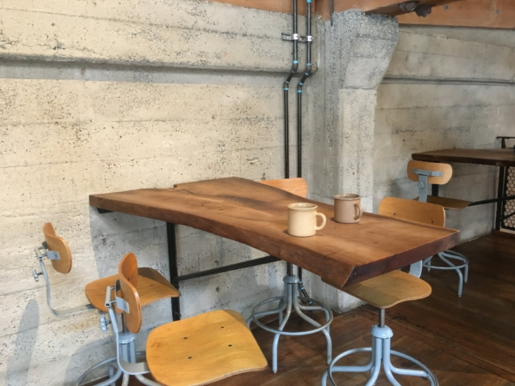 This table didn't just look hip as hell, it makes good use of a small space; providing a surface for at least four people to enjoy themselves for an extended period of time.