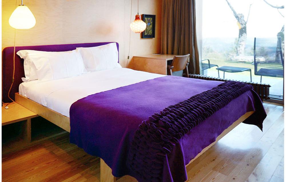 bedroomspapurple.jpg
