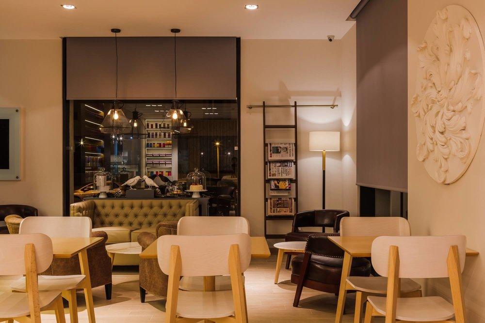 Restaurant in Lisbon 2.jpg