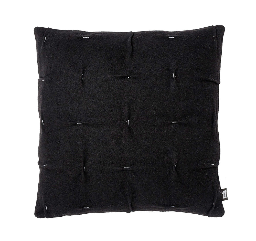 black+cruz+cushion+small copy.jpg