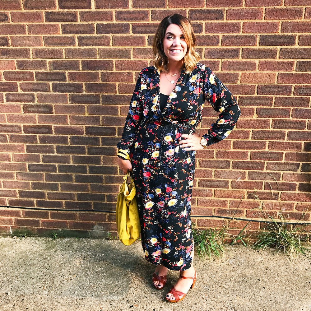 Lolo Lovett - Stylist, blogger, mama,wife and shopaholic. Based in Hertfordshire, American by birth but a Londoner by heart.