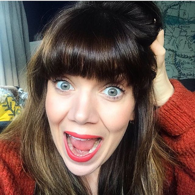 That's my excited face 🤣😂 Tonight at 8pm(ish) I'm going live in my selling page - @lolosellsit with a bunch of my clothes and shoes for sale. A few higher end bits (All Saints, Lily & Lionel) and lots of high street - most things under a tenner!  So if you don't already give it a follow and share with anyone else who might be interested! . . . . . #stylistsale #buymystuff #personalstylist #personalshopper #clothessale #styleredux #choosereused