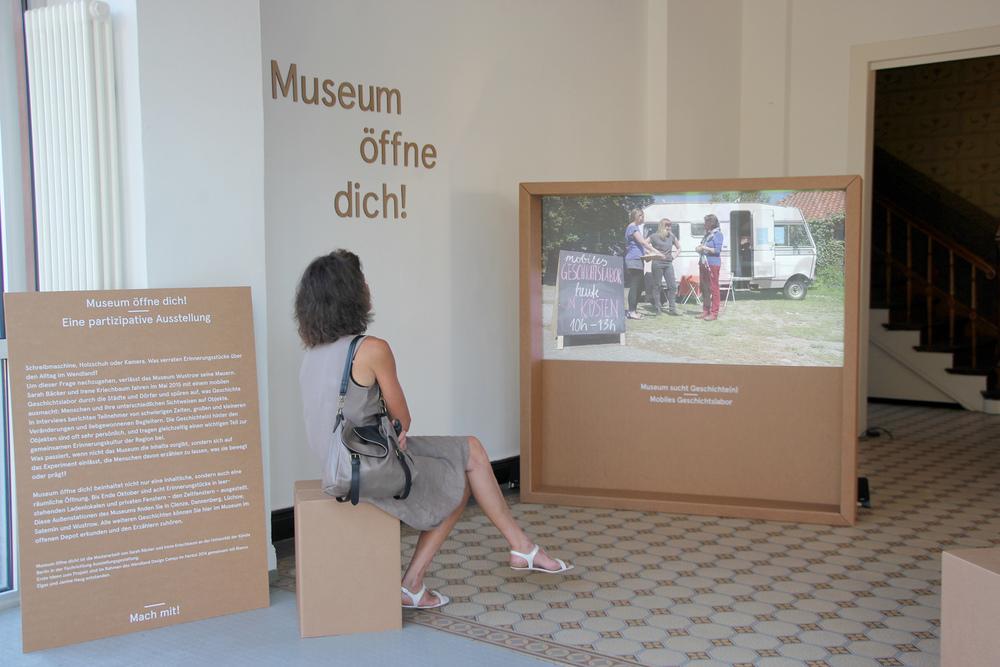 Im Foyer zeigen wir eine Kurzdoku unserer Reise durchs Wendland …